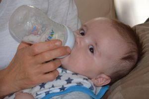 חלב אם: טיפים לשאיבה נכונה ואחסון בטוח